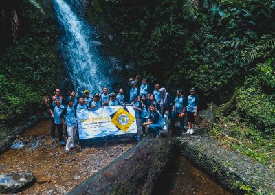 sewa-drone-bogor-sky-caterpilar-indonesia-waterfall-photo-session